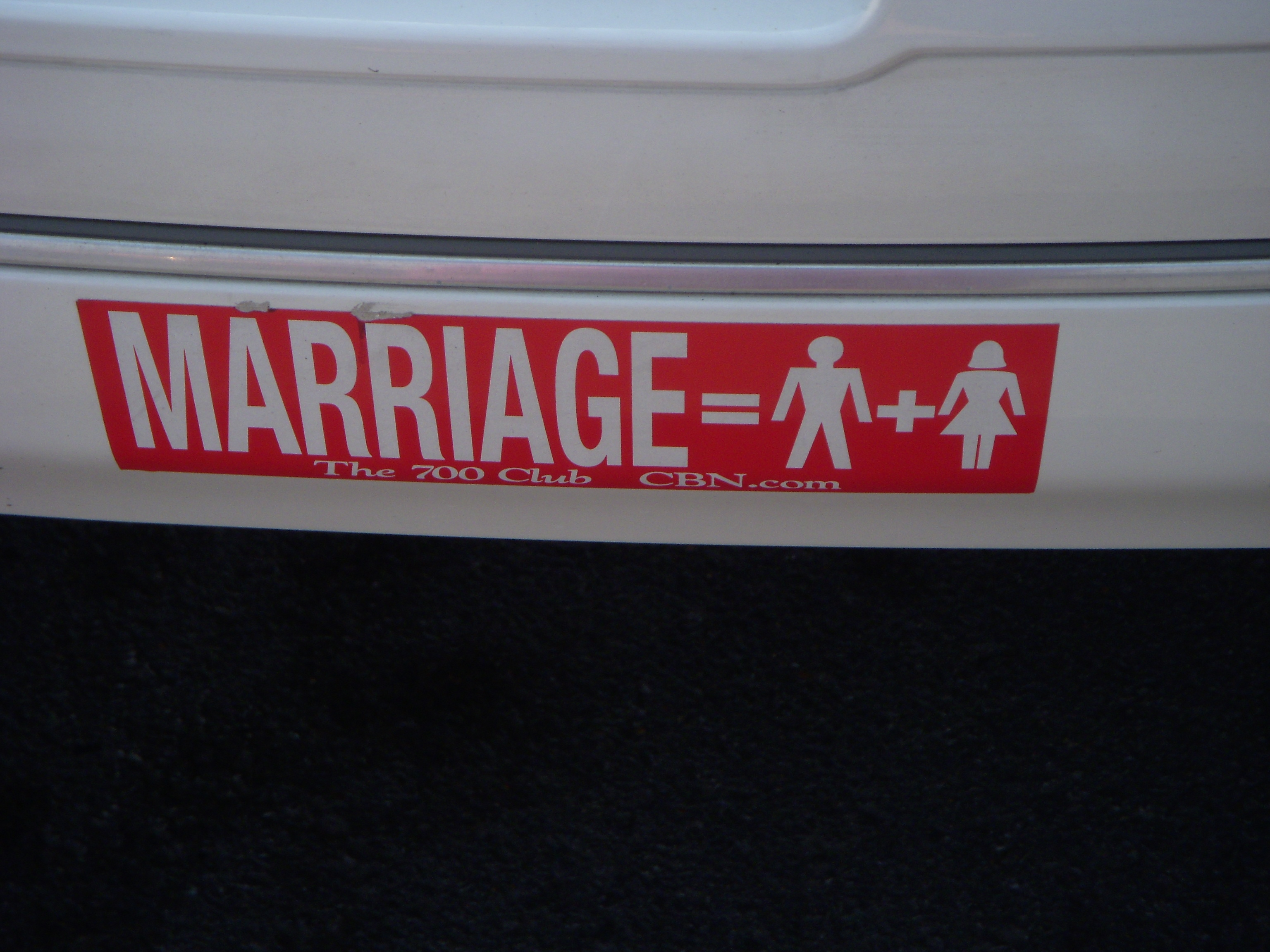 gay marriages right or wrong